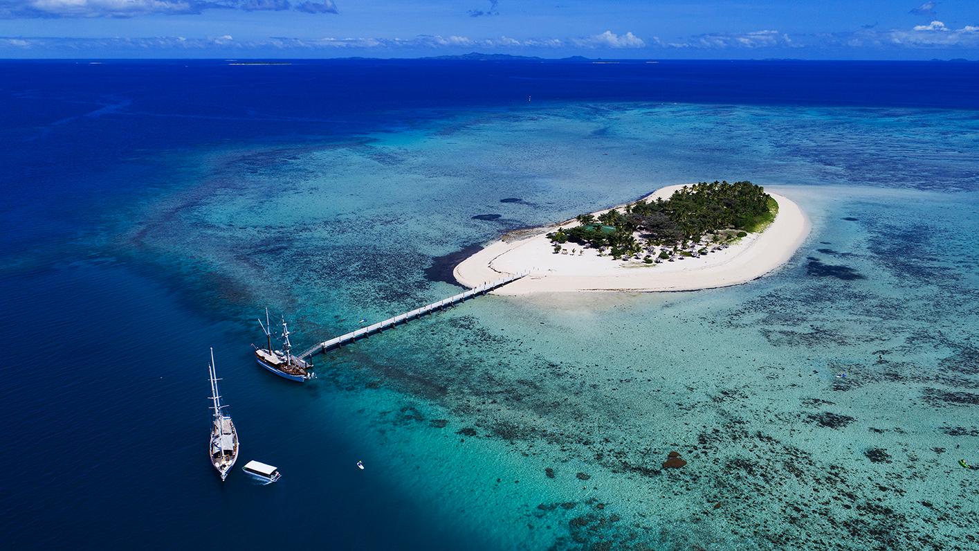 Mamanuca Islands - Resorts - Captain Cook Cruises